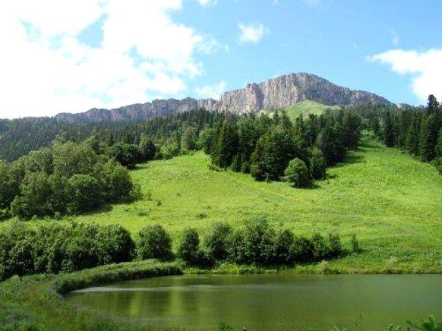 Миниатюрное озерцо в долине Очарования.