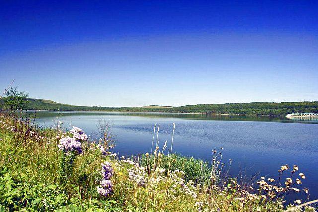 Озеро Тамбукан.