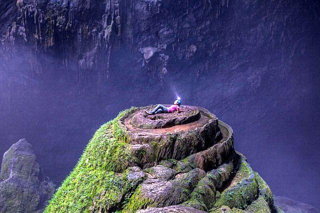 Самая большая пещера в мире - Son Doong, Вьетнам.