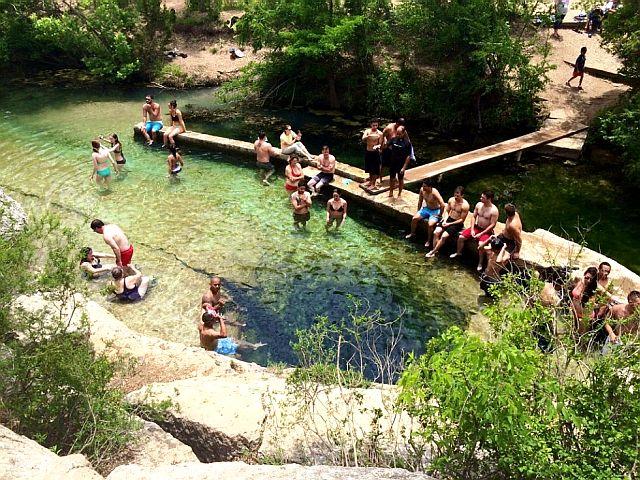 Колодец Иакова популярная зона отдыха и образовательный экологический ресурс, охраняемый государством.